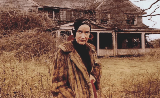 Celebrate 'The Edies' at a Grey Gardens Screening & Costume Party!