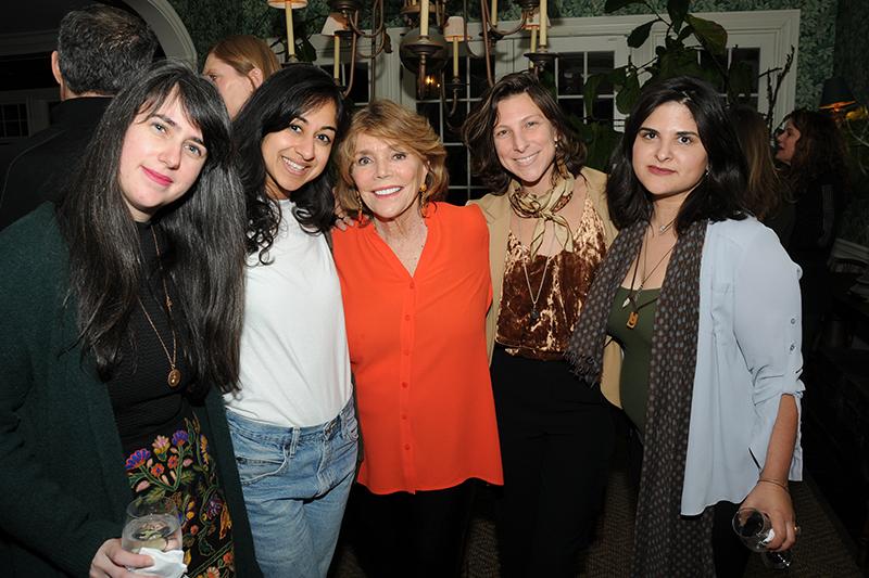 Screenwriters Lab 2018 Ladies Group Shot c. Richard Lewin 800