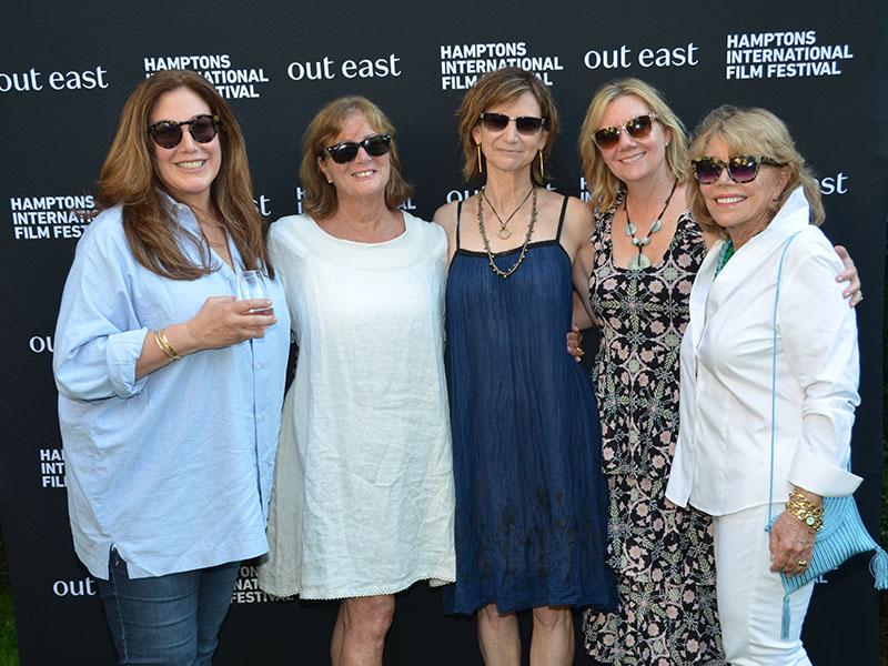 Robin Williams board ladies